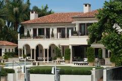 Luxuriöse Villa Stockbild