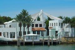 Luxuriöse Villa Stockbilder