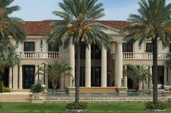 Luxuriöse Villa Lizenzfreies Stockbild