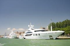 Luxuriöse Yachten Stockfoto