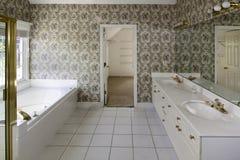 Luxuriöses Badezimmer Stockbild
