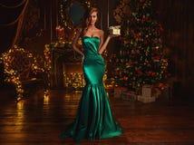 Luxuriöses kleines Geschenk für Weihnachten stockbild