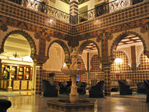 Luxuriöses orientalisches Hotel Lizenzfreie Stockfotografie