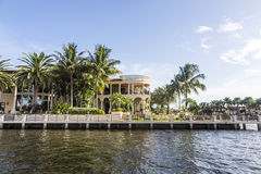 Luxuriöses Ufergegendhaus im Fort Lauderdale Stockfoto