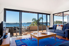 Luxuriöses Wohnzimmer Stockbild