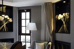 Luxuriöses Wohnzimmer des privaten Vereins lizenzfreies stockfoto