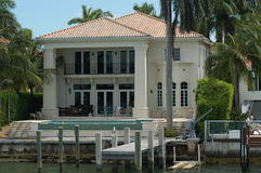 Luxurious mansion Royalty Free Stock Photos