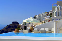 Luxurious  Santorini pool view Royalty Free Stock Photos