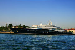Luxurious yacht in port Royalty Free Stock Images