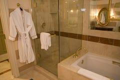 Luxuriöses Badezimmer Stockbilder