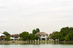 Luxury 2. Luxury house and a lake in morning Stock Images