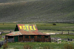 Luxury Accomodations. Motel advertisement located on rural Idaho barn Royalty Free Stock Photos