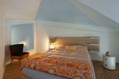 Luxury apartment, modern bedroom Royalty Free Stock Photos