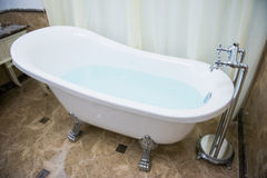 Luxury bathtub in bathroom Royalty Free Stock Photos