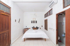 Luxury and Beautiful white color Bedroom Hotel Royalty Free Stock Photos