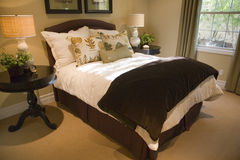 Luxury bedroom and decor. Royalty Free Stock Photo