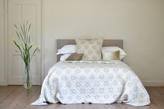 Luxury bedroom Royalty Free Stock Image