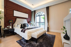 Luxury comfortable bedroom Royalty Free Stock Photos