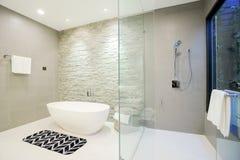 Free Luxury Home Bathroom Royalty Free Stock Photography - 103641027