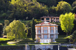 Luxury homes on Lake Como Royalty Free Stock Photos