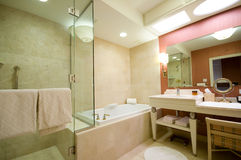 Luxury hotel bathroom Royalty Free Stock Photo