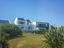 Luxury House in front of the Beach Royalty Free Stock Photos