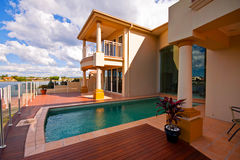 Luxury House Pool Royalty Free Stock Photos