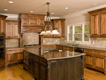 Luxury Kitchen with Large Center Island Royalty Free Stock Photography