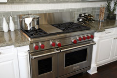 Luxury kitchen stove Royalty Free Stock Photography