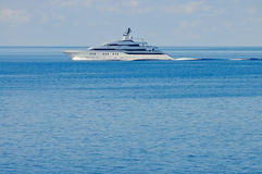Luxury motor yacht at open sea Royalty Free Stock Photos