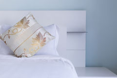 Luxury pillow on white bed Royalty Free Stock Photo