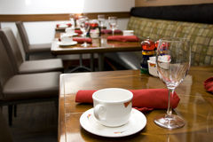 Luxury restaurant with nice table settings Stock Photography