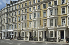 Luxury row of Stucco front houses in London Royalty Free Stock Photos