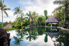 Luxury villa with pool outdoor Stock Photography