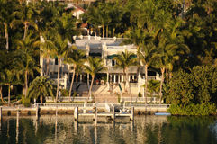 Luxury waterfront real estate Royalty Free Stock Photos