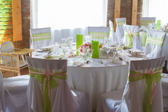 Luxury wedding lunch table setting Royalty Free Stock Photography