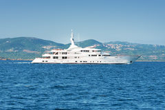 Luxury white yatch Royalty Free Stock Photos
