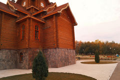 Luxury wooden house Royalty Free Stock Photos