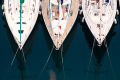 Luxury yachts to drop anchor in seaport Royalty Free Stock Photos