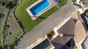 Luxus Finca con el paso elevado de la piscina - vuelo aéreo, Mallorca almacen de video