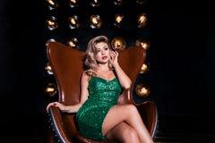 Luxus, Partei, Feiertag, Schönheit, neues Jahr, Weihnachtskonzept lizenzfreie stockfotos