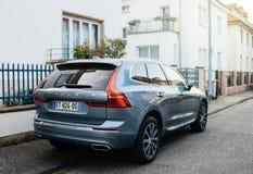 Luxus-Volvo XC60 SUV auf französischer Straße Stockfotos