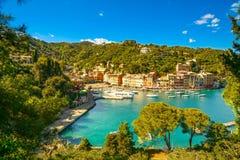 Luxusdorfmarkstein Portofino, panoramische Vogelperspektive Liguri Stockfotografie