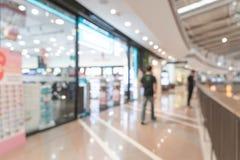 Luxuseinzelhandelsgeschäft der abstrakten Unschärfe im Einkaufszentrum Stockfotografie