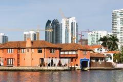 Luxuslandhäuser in Sunny Isles Beach Lizenzfreie Stockbilder