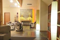 Luxuslobbyhotel Lizenzfreie Stockfotos