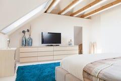 Luxusschlafzimmer in der modernen Art Stockbilder