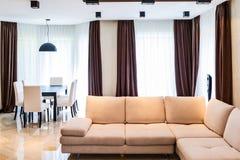 Luxuswohnzimmerinnenraum Stockbild
