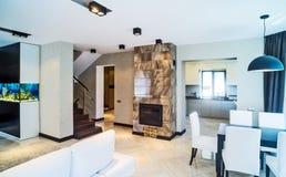 Luxuswohnzimmerinnenraum Stockfoto