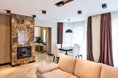 Luxuswohnzimmerinnenraum Stockbilder